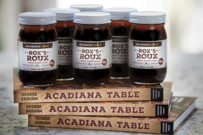 Sold in 16-ounce glass jars, Rox's Roux is your gateway to many classic Cajun recipes. Click on the photo to purchase.